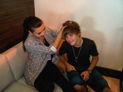 Kim kardashian with justin bieber