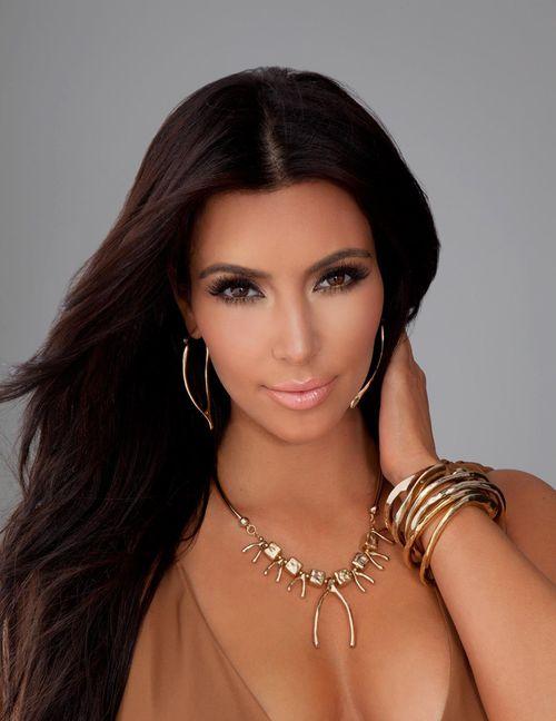 Kim Kardashian Belle Noel Spring 2012